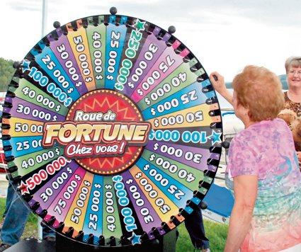 Therese Caron Remporte 25 000 A Roue De Fortune
