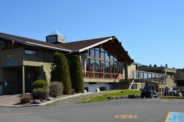 Tournoi d ouverture au club de golf de rivi re du loup for Club piscine laval heures d ouverture
