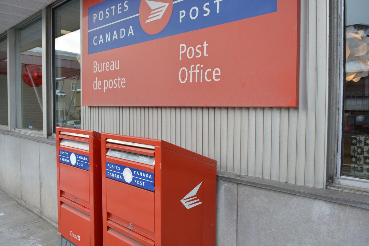 Hausse des tarifs de postes canada en vigueur aujourd 39 hui - Bureau de poste charpennes ...