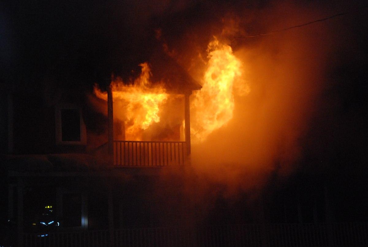 Incendie: une famille de 5 personnes à la rue - Info Dimanche