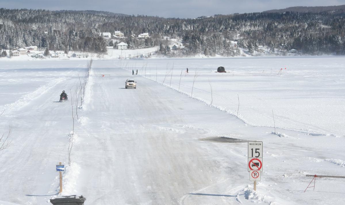 Pont de glace temporairement fermé - Info Dimanche