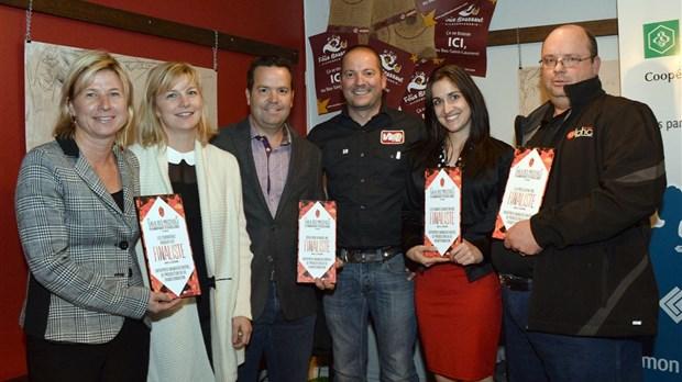 D voilement des finalistes du gala des prestiges for Chambre de commerce riviere du loup