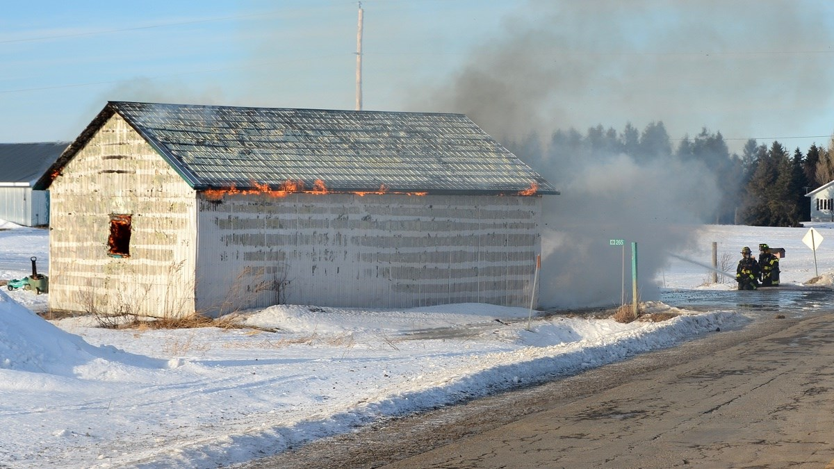 Incendie Dans Un Garage 224 Saint Ars 232 Ne Infodimanche Com