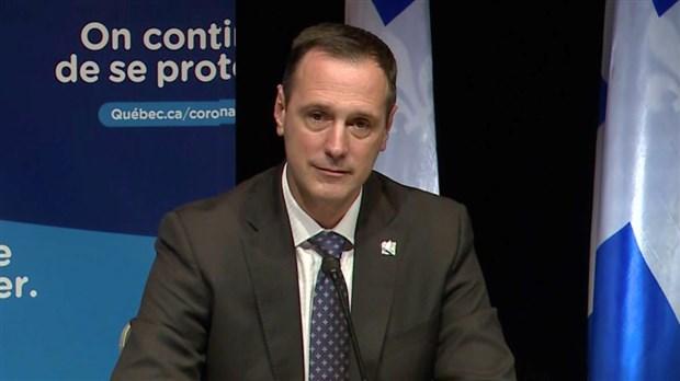 Québec annule les examens ministériels — Retour en classe